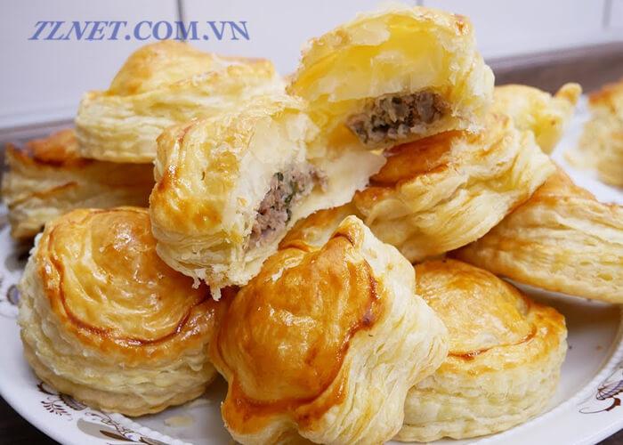 Bánh Pâté Chaud Kem
