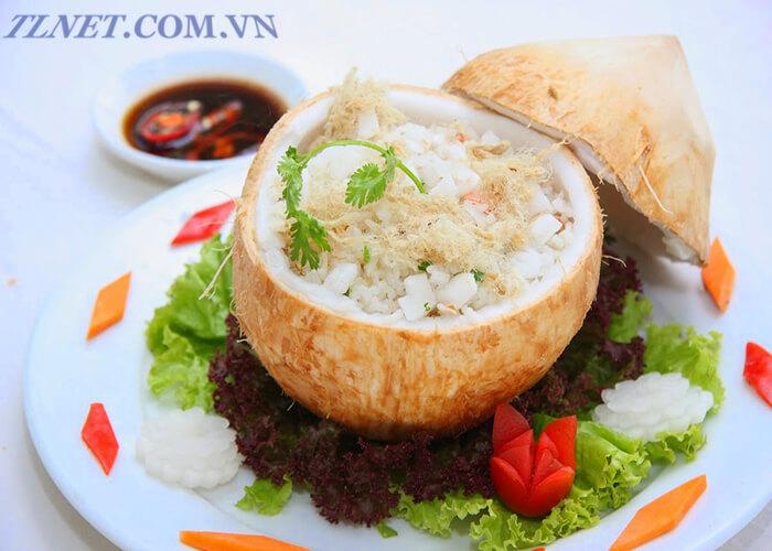 cơm quả dừa