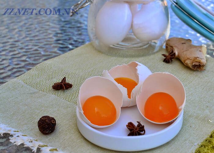 Gỏi Trứng Muối