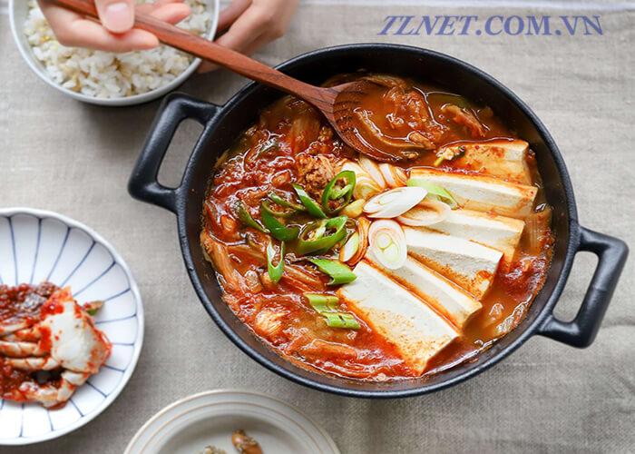 Súp kim chi Hàn Quốc