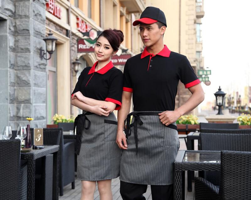chuẩn bị đồng phục cho nhân viên nhà hàng